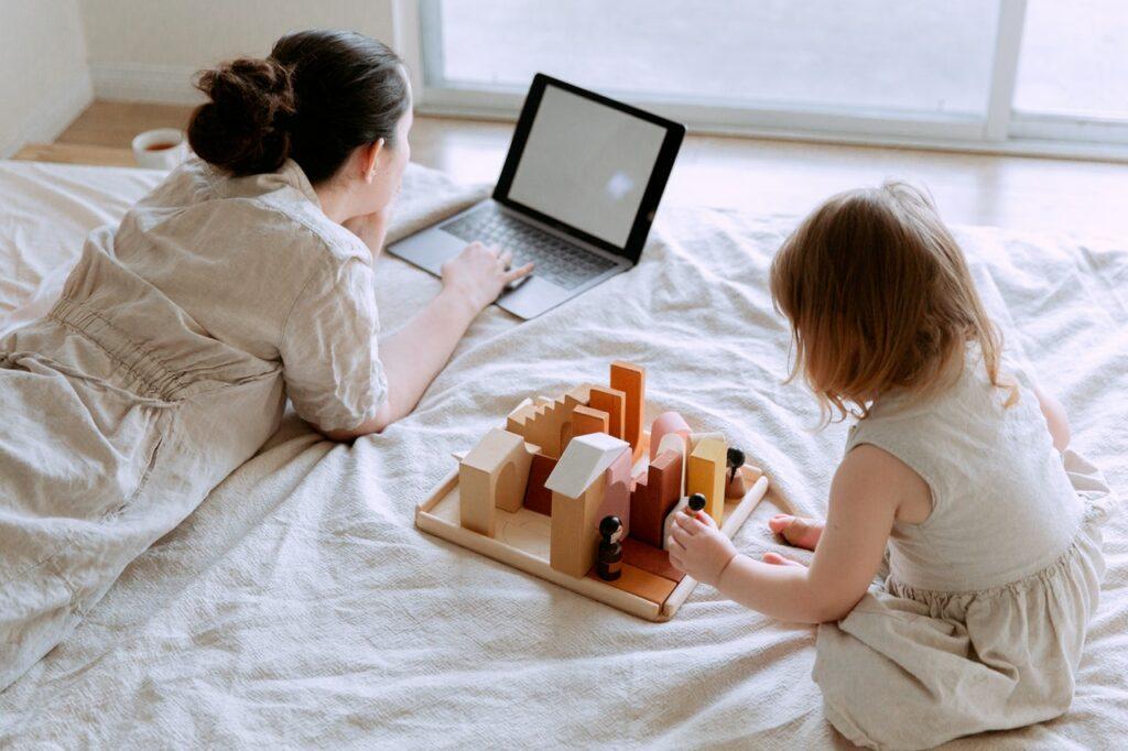 Udogodnienia ibenefity dla pracujących rodziców